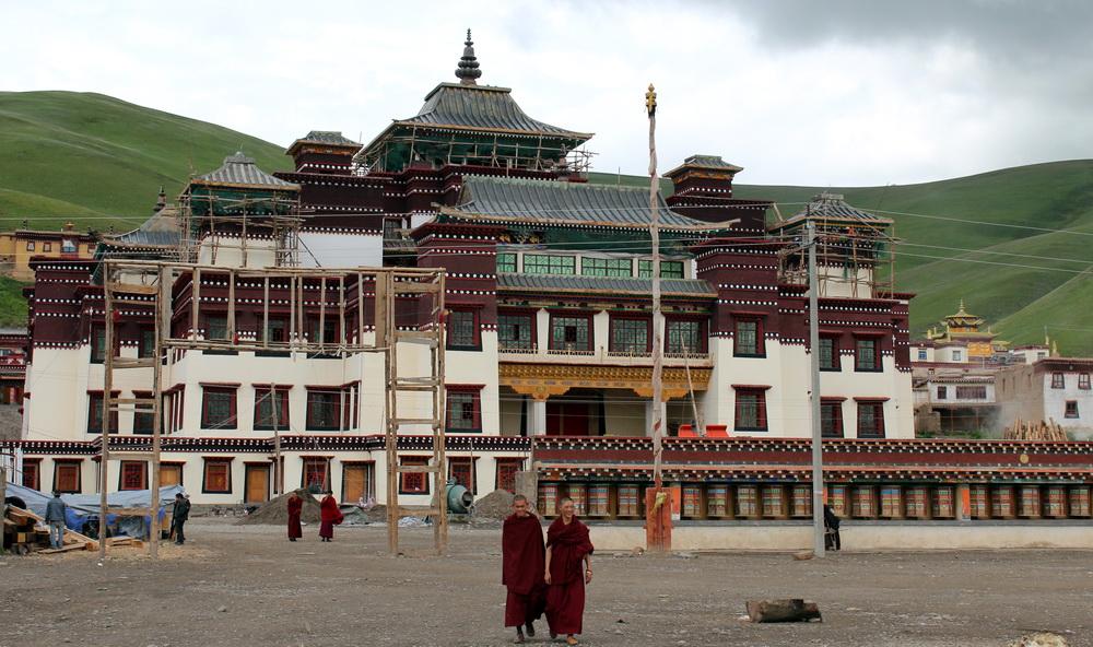 tibet die lage des klosters sershul von woeser. Black Bedroom Furniture Sets. Home Design Ideas